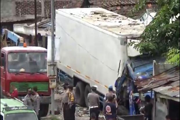 Ungkap Kecelakaan Maut di Jalan Raya Semarang-Solo, Polres Semarang Gelar Olah TKP
