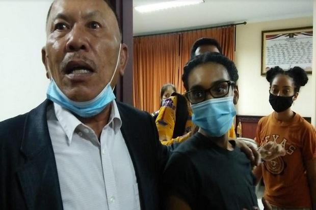 Ini Daftar Dosa yang Membuat Kristen Gray Dideportasi dari Bali