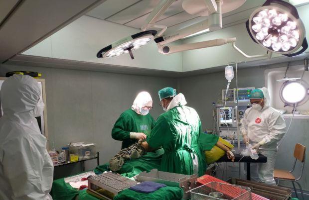 Sehari, 50 Korban Gempa Mamuju Jalani Perawatan di KRI dr. Soeharso-990