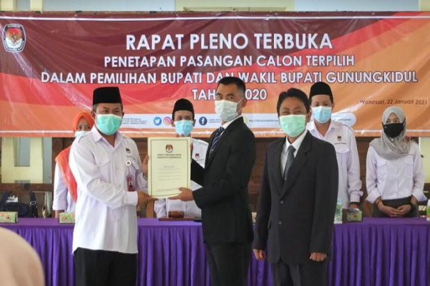 KPU Gunungkidul Tetapkan Sunaryanta-Heri Susanto sebagai Bupati-Wakil Bupati Terpilih