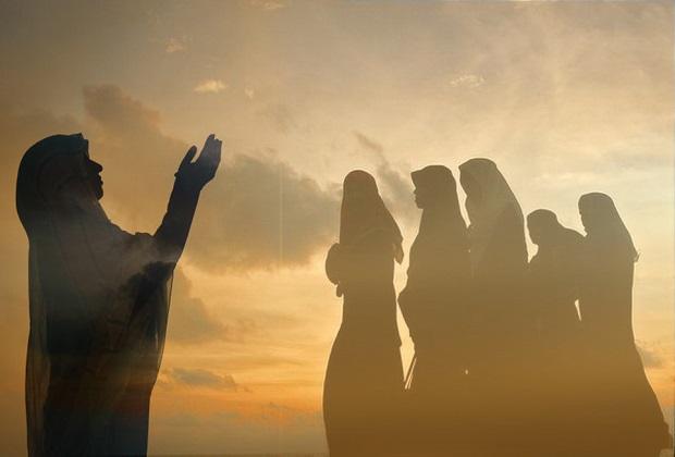 Kunci Menambah Ketaatan Adalah Bergaul dengan Orang Saleh