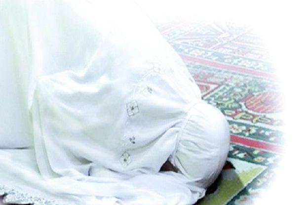 Berdoa di Waktu Mustajab adalah Saat Sujud, Begini Aturannya!