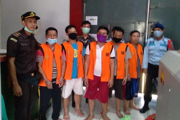 Kejari Bengkulu Utara Pindahkan 5 Tahanan Kasus Korupsi ke Rutan Malabero