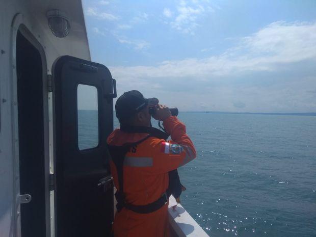 Cari ABK Mitra Jaya XIX, Kantor SAR Surabaya Kerahkan Tim Penyelam