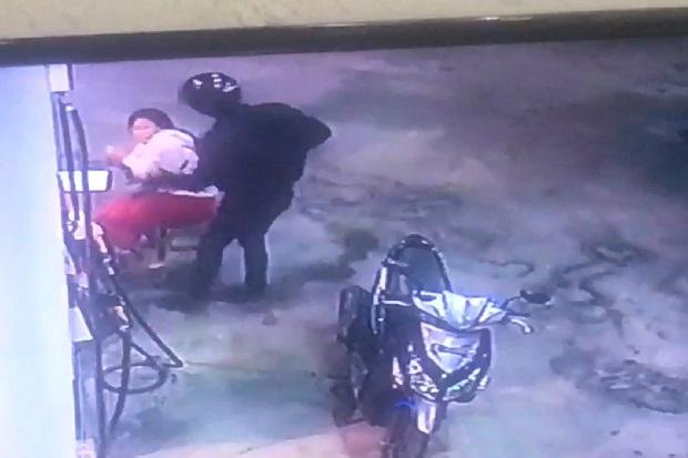Rampok Gasak Uang Rp10 Juta di SPBU Benoa Bali, 2 Penjaga Cantik Diancam Pakai Pedang