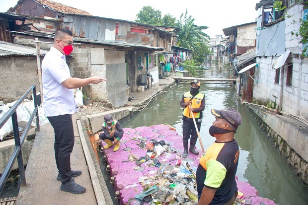 Penyebab Curah Hujan Tinggi, Jakarta Banjir dan Menggenangi Beberapa Titik