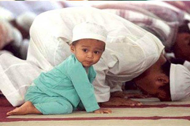 Sholat Berjamaah di Masjid, Sunnah Apa Wajib? Begini Pendapat Syaikh Abdul Qadir
