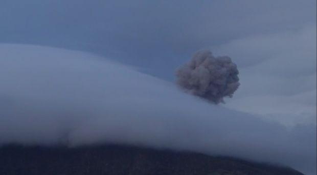 Gunung Ile Lewotolok Erupsi Lagi, Waspada Lahar Dingin di Wilayah DAS