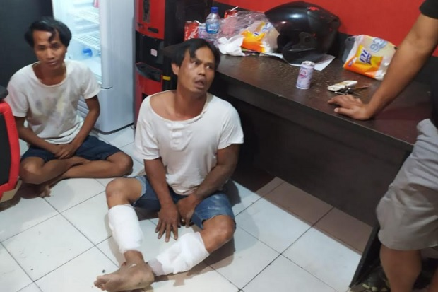 Sok Jagoan Bersenjata Celurit, Maling Sadis Ini Nangis saat Ditangkap Polisi