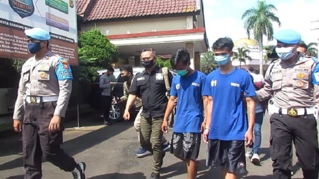 Dua Bang Jago Ditangkap Polisi Diduga Aniaya Remaja di Bandung