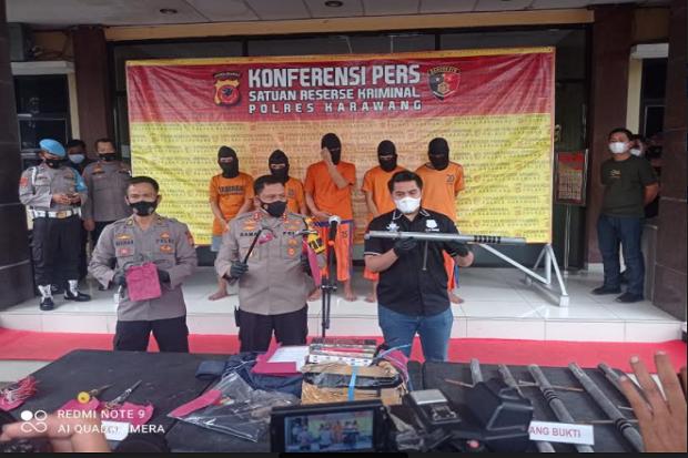 Melawan Petugas, 3 Pencuri Spesialis Mini Market Roboh Ditembak