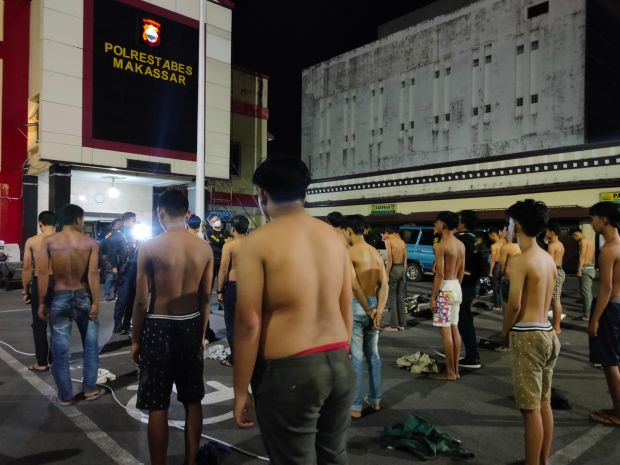 Pelaku Balap Liar Kocar-kacir dan Serang Polisi, Puluhan Pemuda Akhirnya Diamankan