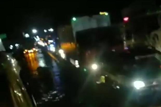 Banjir Kaligawe Semarang Surut, Arus Lalin di Genuk Padat Merayap