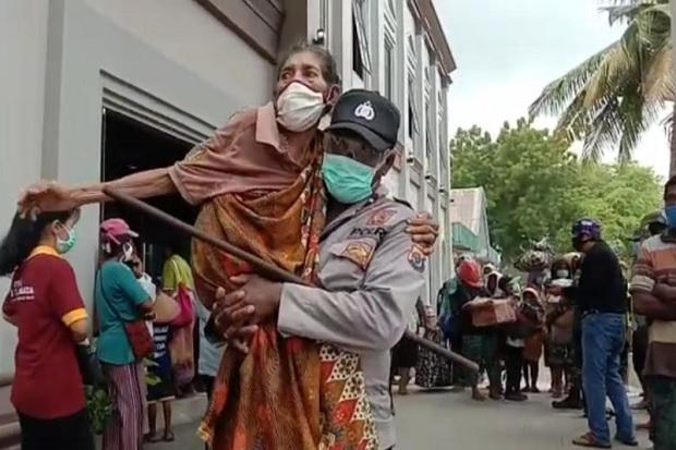 Diguncang Gempa M 5,8, Warga Kepulauan Mentawai Mengungsi