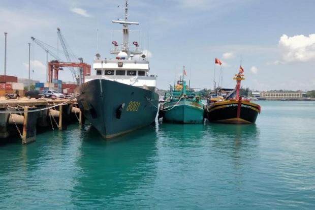 Berkeliaran di Laut Natuna Utara, Dua Kapal Ikan Vietnam Ditangkap KP Bisma