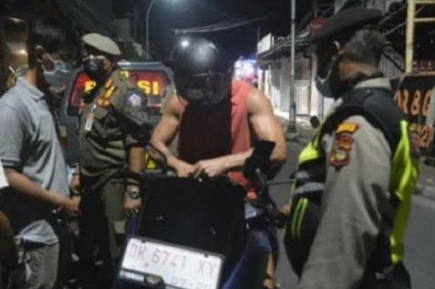 Bandel, 38 Bule di Bali Terjaring Razia Prokes, 11 Orang Didenda Rp11 Juta