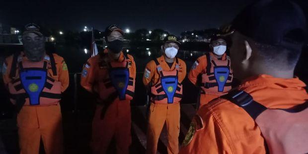 Sulitnya Operasi SAR Kapal Tabrakan di Indramayu, Tidak Ada Jaringan dan Angin Kencang