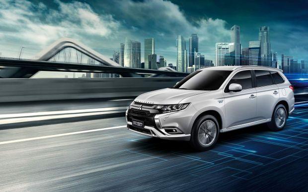 Mitsubishi Pertimbangkan Bawa Outlander PHEV Buatan Thailand