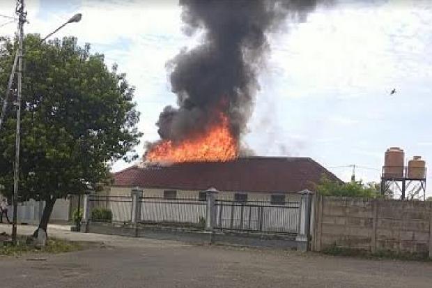 Stasiun Kereta Api di Lahat Terbakar, Sejumlah Ruangan Hangus