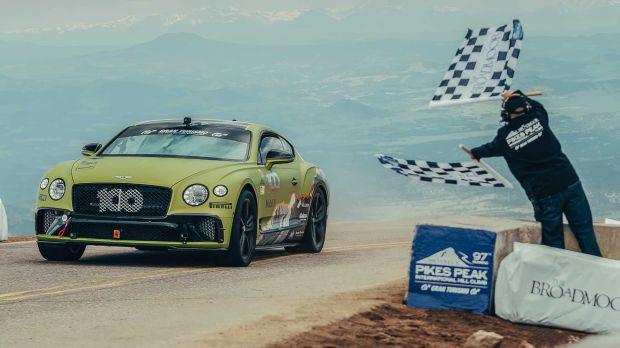 Bentley Ingin Buktikan Lagi Sebagai Mobil Mewah Pendaki Gunung Terkencang di Dunia