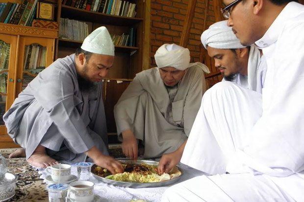 Belajar dari Putra Abu Bakar Shiddiq, Solusi dari Kemiskinan