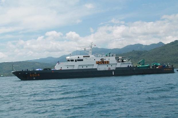 Banjir Bandang Terjang NTT, Jenderal Listyo Kerahkan Kapal Barata Angkut Bantuan