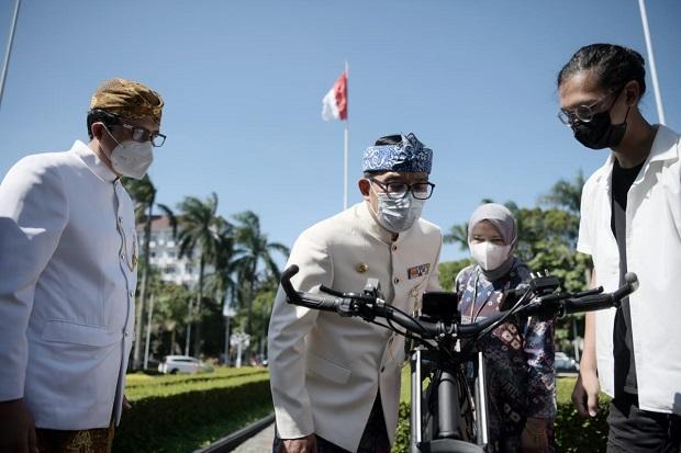 Gubernur Ridwan Kamil Dorong Peneliti dan Mahasiswa Riset Kendaraan Listrik
