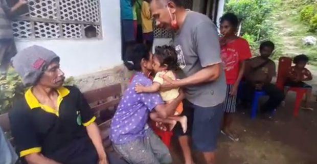 Kisah 2 Balita Selamat dari Banjir Bandang NTT, Namun Kini Jadi Yatim Piatu