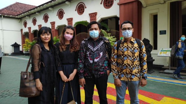 Gara-gara Curhat di Sosmed, Gadis Cantik Asal Surabaya Ini Terancam 4 Tahun Penjara