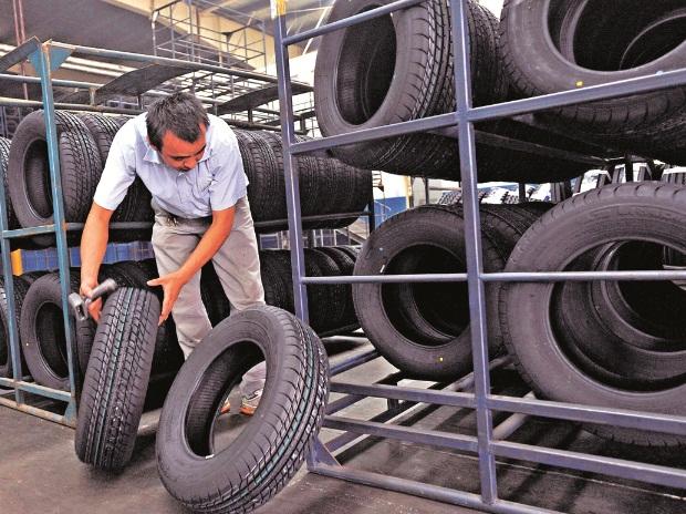 Setelah Krisis Semikonduktor, Industri Otomotif Bakal Krisis Karet