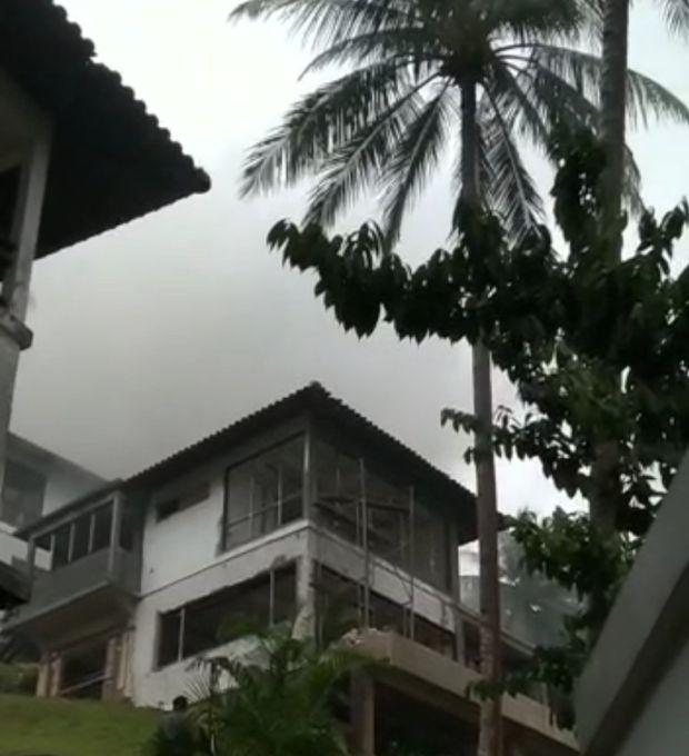 Villa Tersambar Petir dan Sempat Terbakar di NPM & Resort