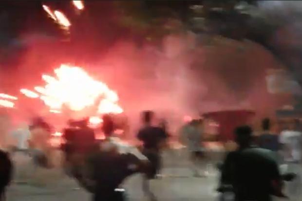 Tawuran Lagi, Petasan dan Batu Beterbangan saat 2 Kubu Remaja di Medan Saling Serang