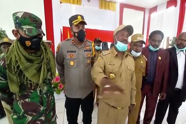 Bupati Puncak Marah KKB Membunuh dan Langgar Adat Papua