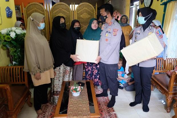 Gagah Berani Hadang Pemuda Bali Usai Sahur, Emak-emak Diapresiasi Kapolres Bungo