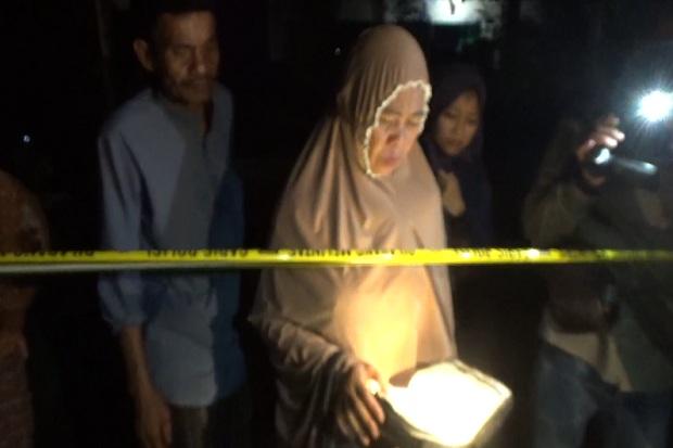 Ajaib! 3 Alquran Ditemukan Utuh di Dalam Rumah yang Terbakar di Pangkep Sulsel