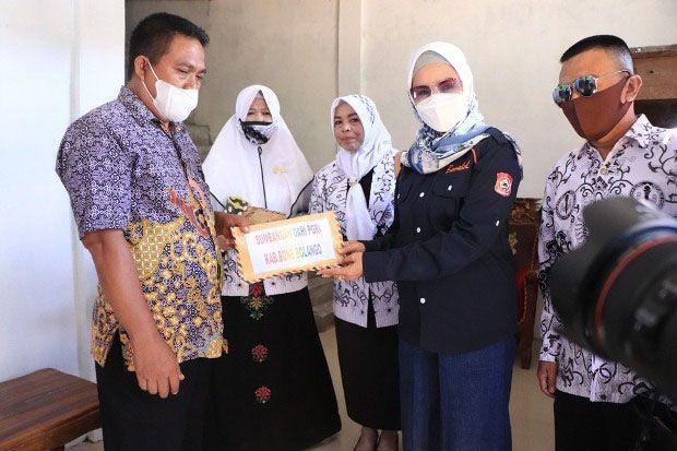 Wabup Salut Solidaritas PGRI Bone Bolango Bantu Guru Korban Kebakaran