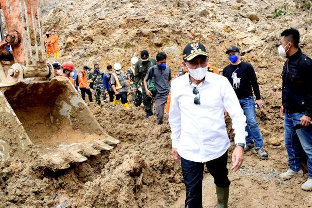 Gubernur Edy Minta Evakuasi Korban Dilakukan Secara Optimal dan Terpadu