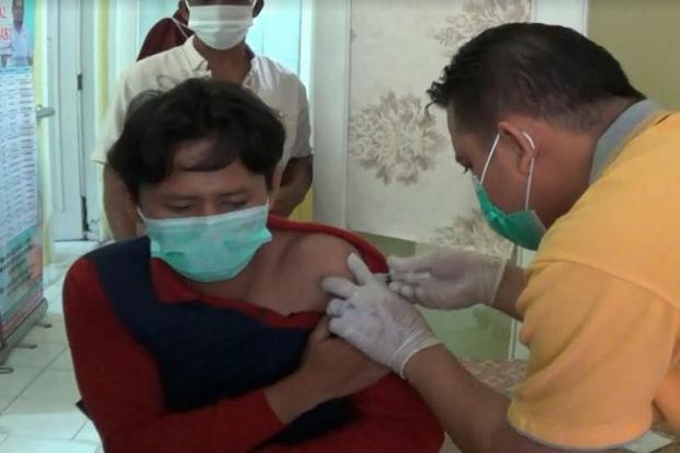 Antusias Guru Ikut Vaksinasi COVID-19 di Bangka Tengah Tinggi