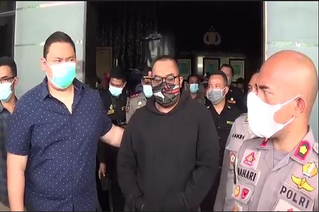 Ejek dan Hina Pengunjung Mal yang Memakai Masker, Pria Ini Diciduk Polisi