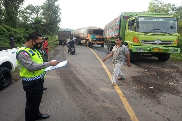 Kecelakaan Beruntun di Batanghari Jambi, Libatkan Bus dan Fuso