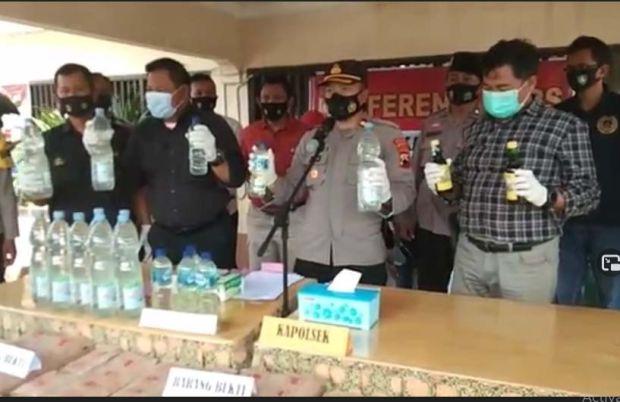 Ribuan Liter Minuman Keras Siap Diedarkan Saat Lebaran Disita Polisi di Pekalongan