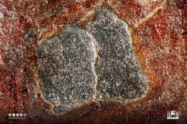 Hajar Aswad (1): Jibril yang Membawakan Batu Hitam Itu dari Hindustan