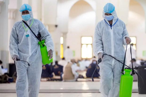 70 Ribu Liter Disinfektan dan 1.500 Liter Parfum Dipakai untuk Bersihkan Masjidil Haram
