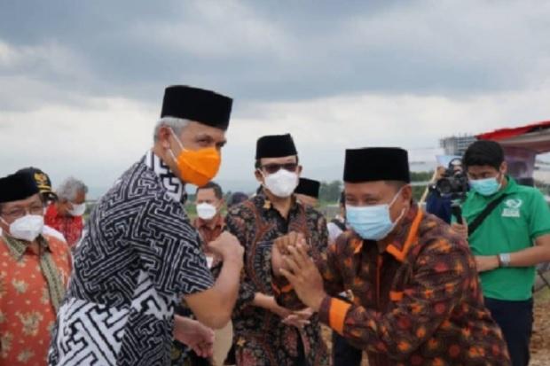 Wagub Jabar Ruzhanul Ulum Temui Gubernur Jateng Ganjar Pranowo di Banyumas, Ada Apa?