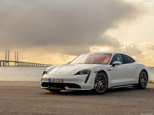Tiga Bulan Pertama 2021, Porsche Taycan Terjual 9.072 Unit