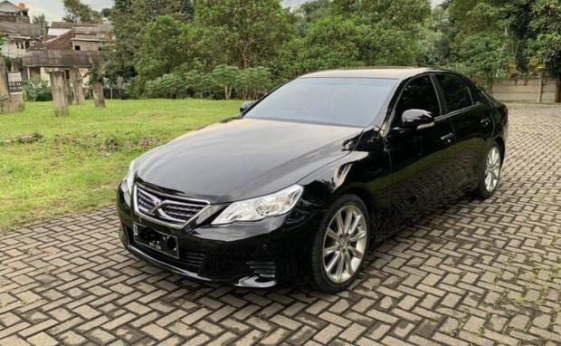 Toyota Mark X, Gagal Jadi Taksi Mewah Kini Diburu Karena Fitur Wah