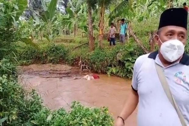 Mayat Pria Mengambang di Sungai Gegerkan Warga Lampung Utara