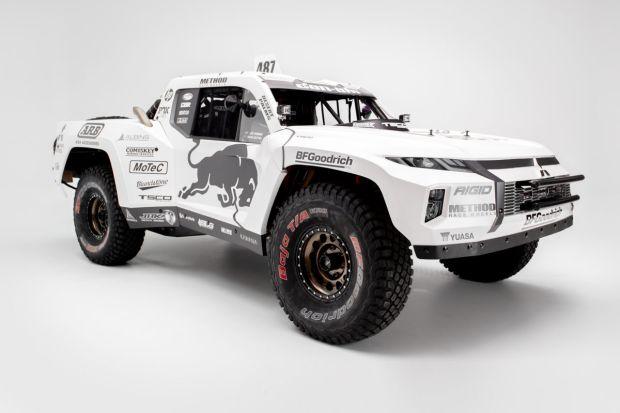 Ini Dia Trophy Truck Pertama di Dunia yang Menggunakan Mitsubishi Triton