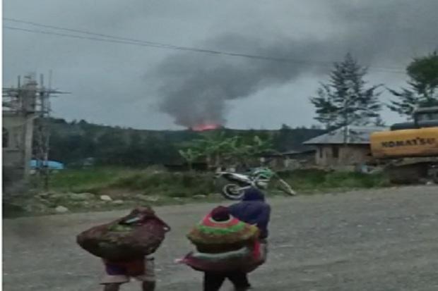 Teroris TPNPB-OPM Kian Brutal, Pasukan Pemukul TNI-Polri Kepung Bandara Aminggaru