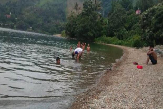 Piknik Berujung Maut, Bocah Tenggelam Ditemukan Mengapung di Danau Toba